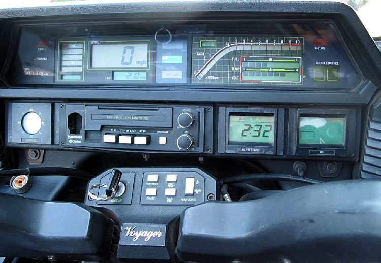 tableau de bord d'avion ou de Z1300 Voyager ?